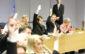 Fin 2010, les Islandais ont élu une assemblée constituante composée de 25 citoyens volontaires.